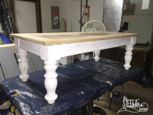 Easy inexpensive farmhouse DIY coffee table redo paint stain glaze distressed white chippy 2 the steel fox home blog